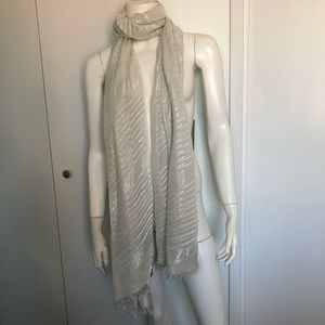 Collection Eighteen Wrap Shawl Pleated Metallic